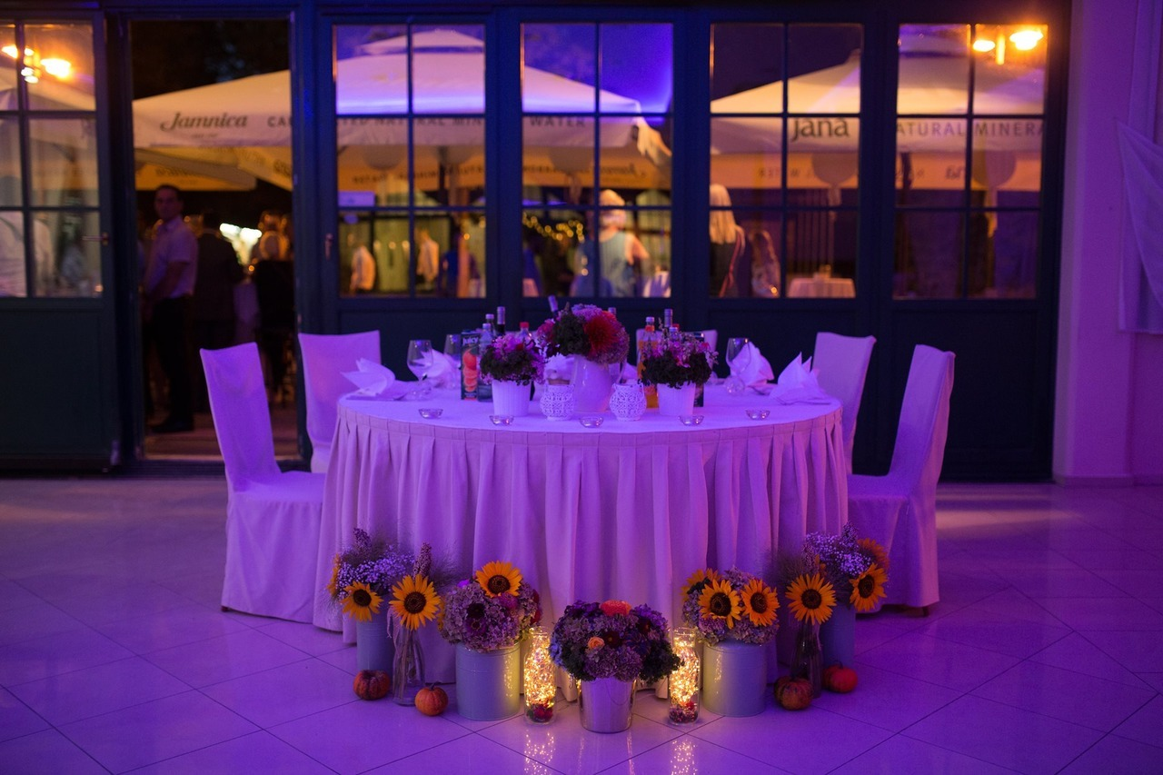 dekoracija vjenčanja cvijeće